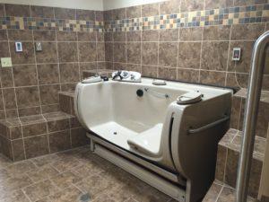 Entree Spa Tub